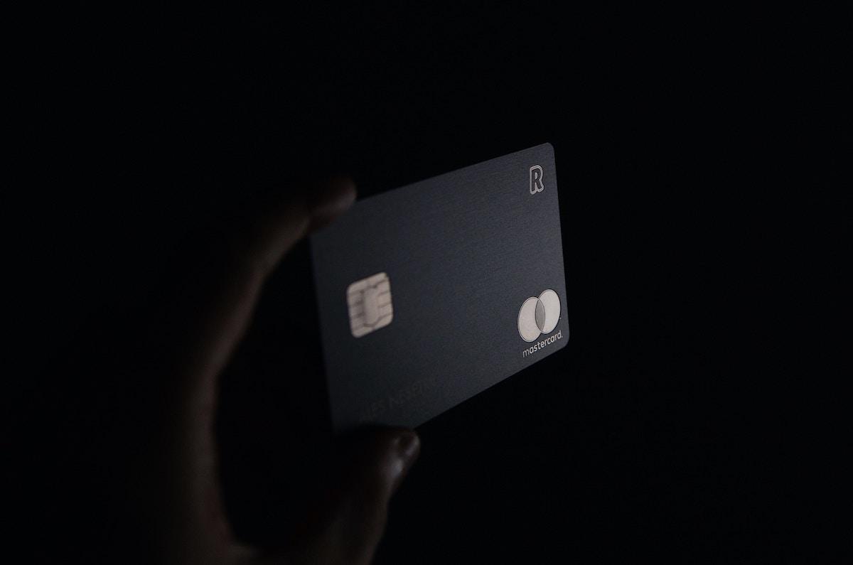 ブラックカード_超える_パラジウムカード